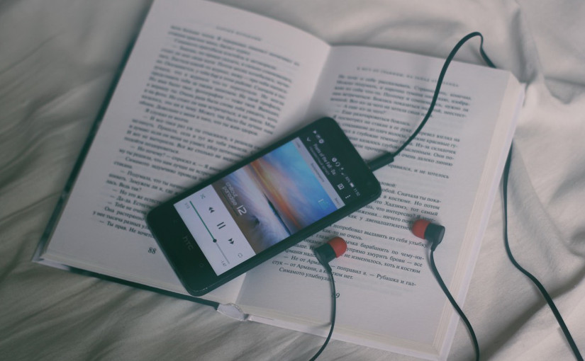 ¿Qué hacer con canciones y libros de autorescuestionables?