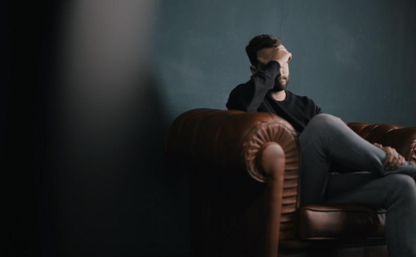 Perfil de una persona ansiosa; ¿estásansioso?