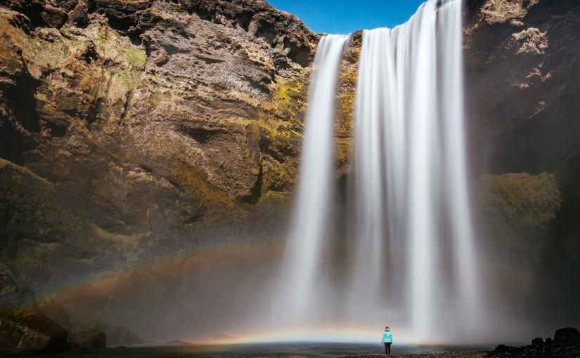 Al lado de cascada